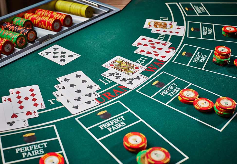 Casino blackjack game online casino royal club